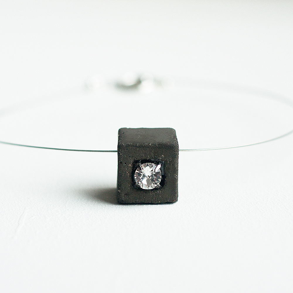 Necklace with concrete and Swarovski crystal